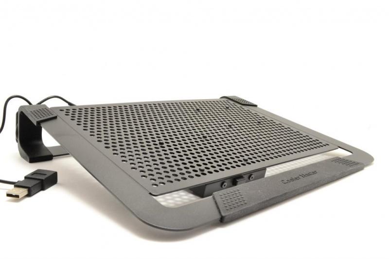 43cab2eee8 Cooler Master NotePal U2 Plus Cooling Pad Review - CM NotePal U2 ...