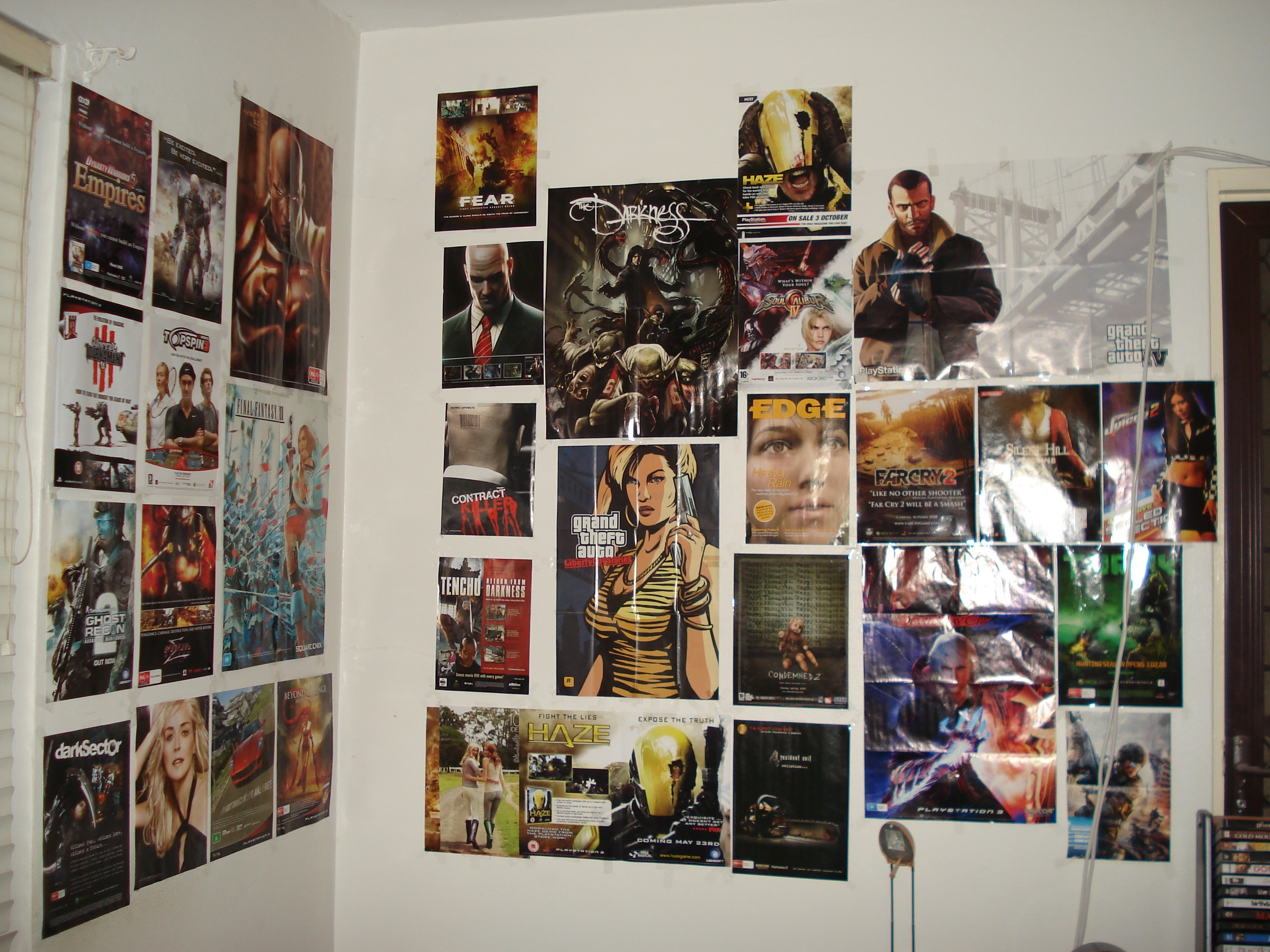 Bedroom wall with posters - Bedroom Posters This Is My Bedroom S Wall With Game Posters From Thm Hosted By