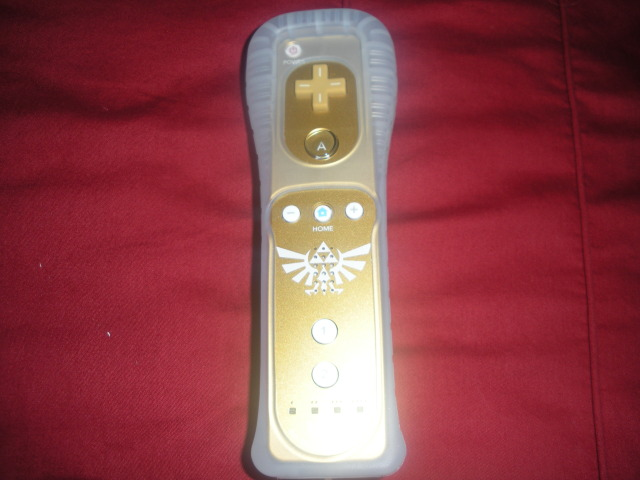 Limited Edition Skyward Sword Remote with Cover